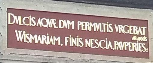 Lateinische Inschrift der Wasserkunst